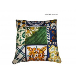 Cushion in cotton sicilian majolica print