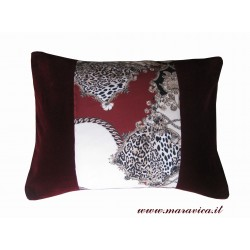 Cushion animal print and...