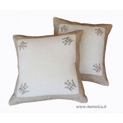 Shabby chic throw pillow in ecru linen with flowers