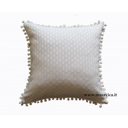 Cuscino arredo in cotone bianco panna con bon bon