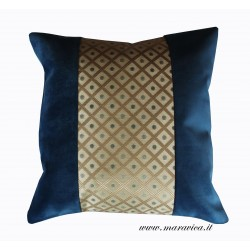 Blue velvet decor cushion with diamond-shaped gold-base...
