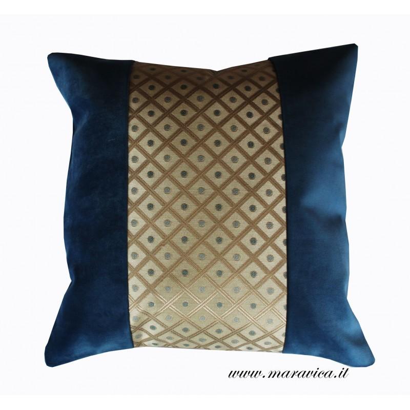 Cuscini Per Divano Blu.Cuscino In Velluto Blu