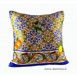 Throw pillow silk print majolica and lemons