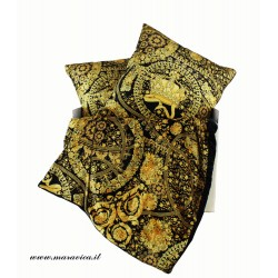 Bedding blanket and 2 throw pillows velvet baroque design