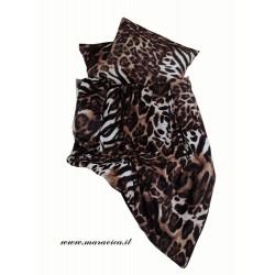Set letto cuscini arredo e plaid stampa leopardo