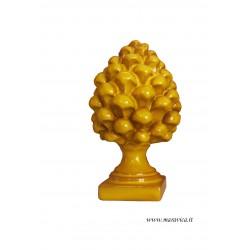 Pigna siciliana gialla in ceramica di Caltagirone h cm 14