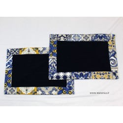 Set 2 American blue cotton placemats majolica print