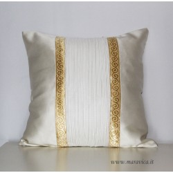 copy of Ivory and gold throw pillow luxury cm 45x45