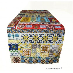 Table runner in Sicilian style printed cotton