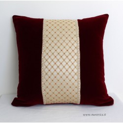 Elegant throw pillow in burgundy velvet and diamond damask