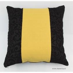 Cuscino arredo velluto jacquard nero e damasco oro