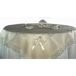 Tovaglia centrotavola in cotone con tulle e merletto