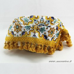 Bread basket with yellow majolica print cotton interior