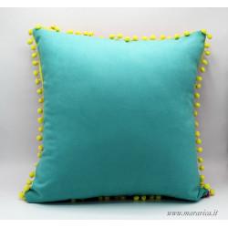 Cuscino arredo colorato per esterno in tessuto antimacchia