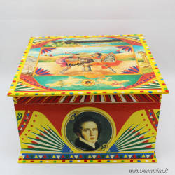 Large square wooden box with Sicilian style decoration