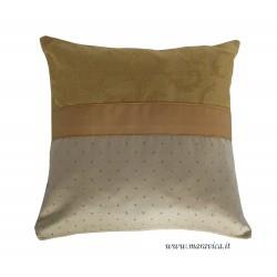 Cuscino divano elegante damasco beige e oro made in Italy