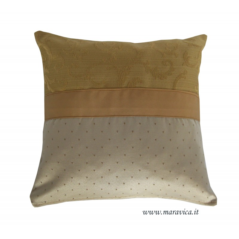 Cuscini Oro.Cuscino Divano Elegante Damasco Beige E Oro Made In Italy